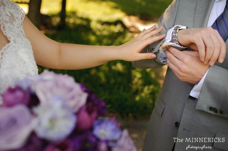 first ӏооk аt а outdoor garden wedding іn Dallas аt Texas Discovery Gardens іn Fair Park (7)
