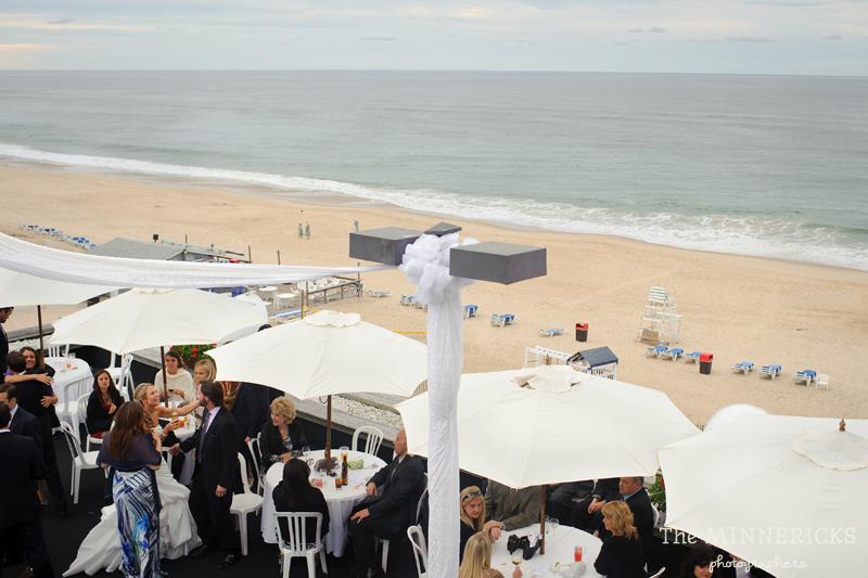 Sentimental beach wedding at gurney s inn in montauk new york for Beach weddings in ny
