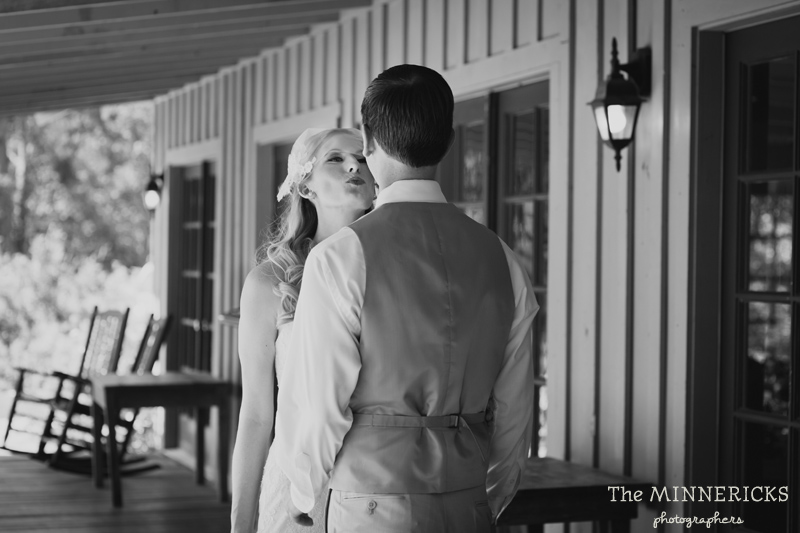 Southern vintage wedding at 7F Lodge in College Station with boots and a chapel (7)