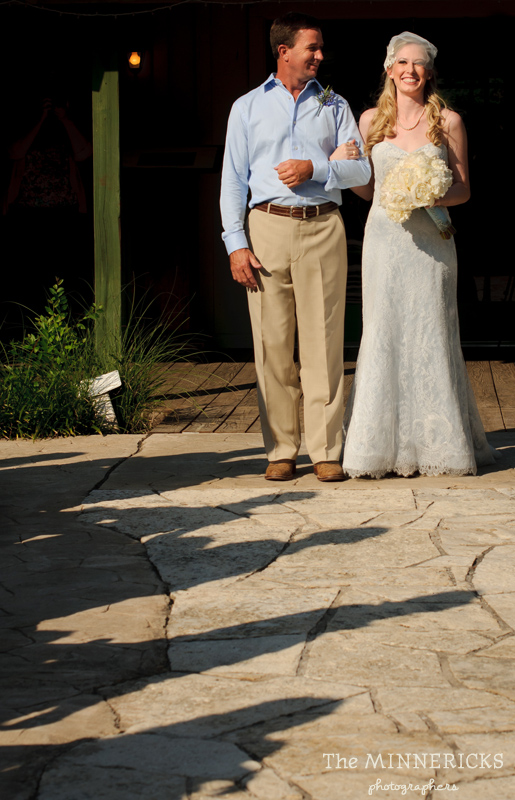 Southern vintage wedding at 7F Lodge in College Station with boots and a chapel (15)