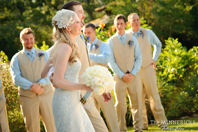 Southern vintage wedding at 7F Lodge in College Station with boots and a chapel (20)