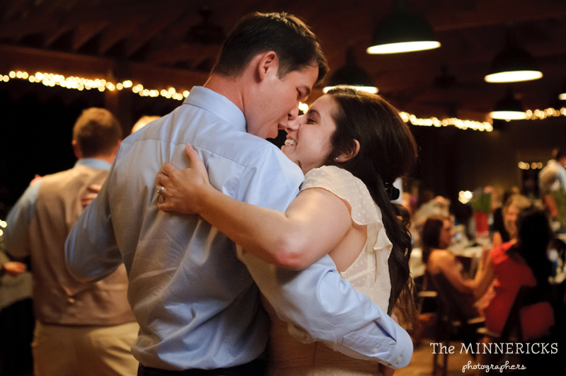 Southern vintage wedding at 7F Lodge in College Station with boots and a chapel (41)