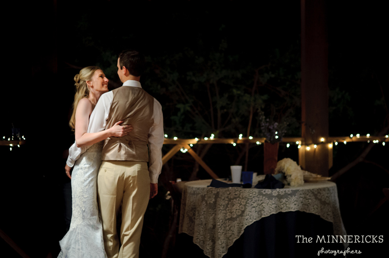 Southern vintage wedding at 7F Lodge in College Station with boots and a chapel (43)