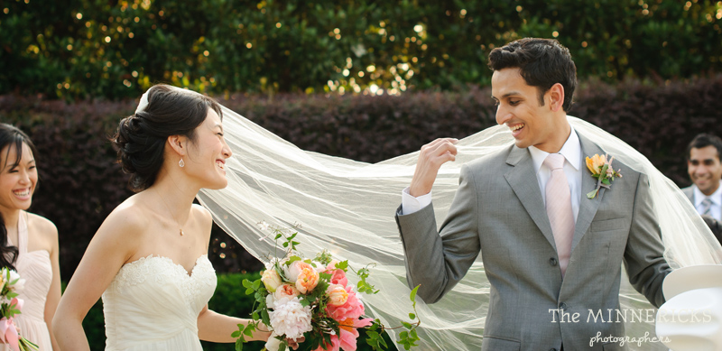 outdoor wedding at the Dallas Arboretum in the Lay Ornamental Garden and Camp House (12)