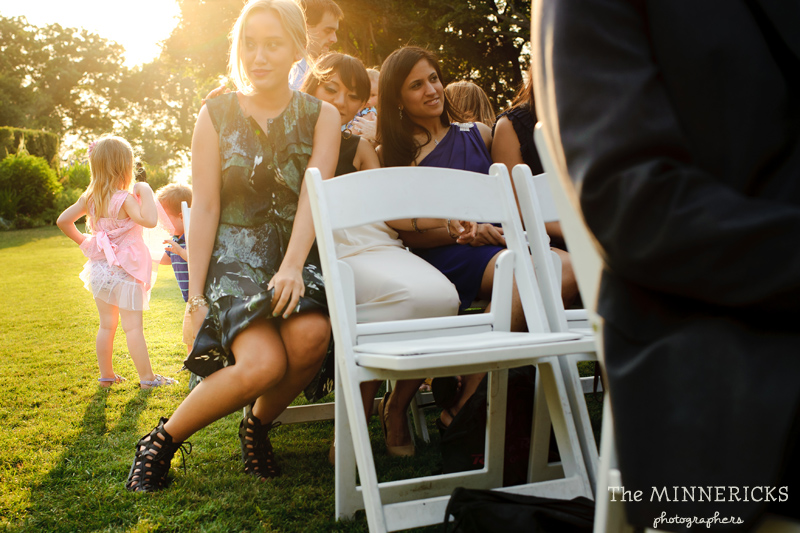 outdoor wedding at the Dallas Arboretum in the Lay Ornamental Garden and Camp House (15)