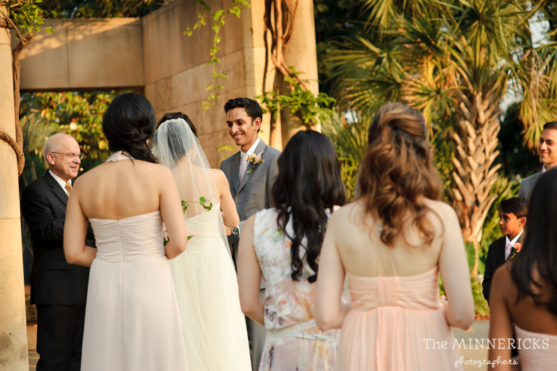outdoor wedding at the Dallas Arboretum in the Lay Ornamental Garden and Camp House (20)