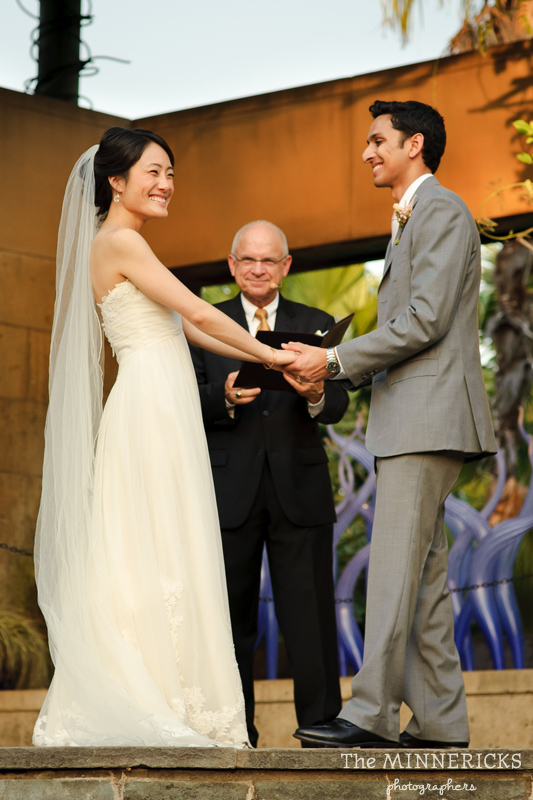 outdoor wedding at the Dallas Arboretum in the Lay Ornamental Garden and Camp House (22)