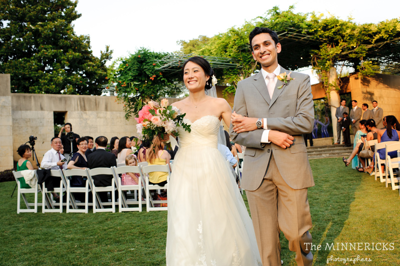 outdoor wedding at the Dallas Arboretum in the Lay Ornamental Garden and Camp House (23)
