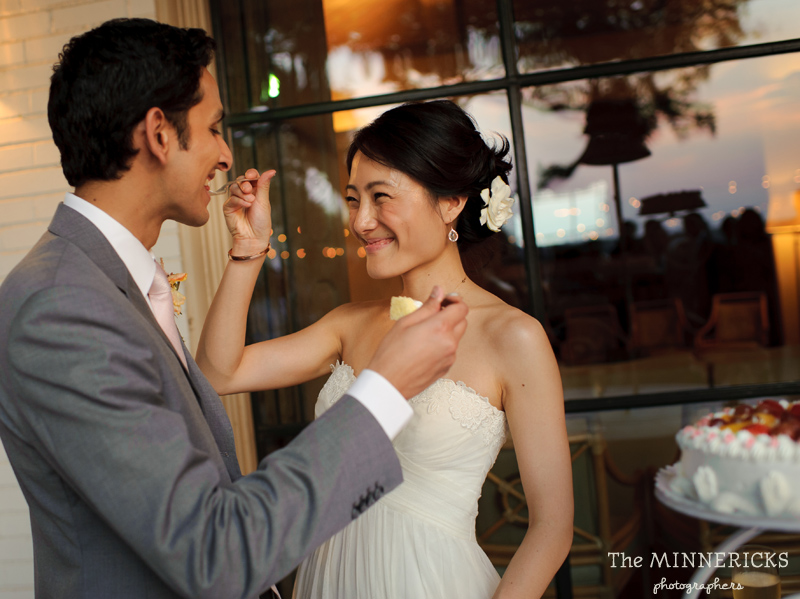 outdoor wedding at the Dallas Arboretum in the Lay Ornamental Garden and Camp House (34)