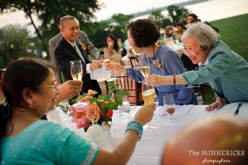 outdoor wedding at the Dallas Arboretum in the Lay Ornamental Garden and Camp House (35)