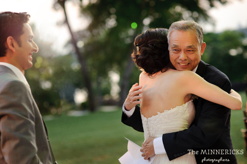 outdoor wedding at the Dallas Arboretum in the Lay Ornamental Garden and Camp House (36)