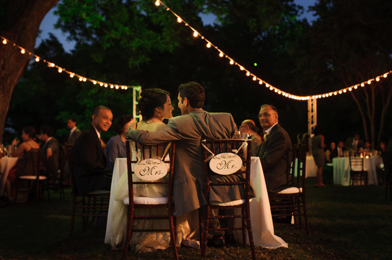 outdoor wedding at the Dallas Arboretum in the Lay Ornamental Garden and Camp House