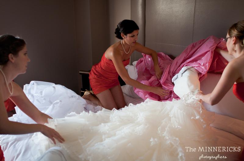 touching wedding on the veranda at Alden Hotel Houston (1)