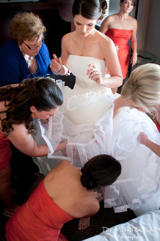 touching wedding on the veranda at Alden Hotel Houston (2)