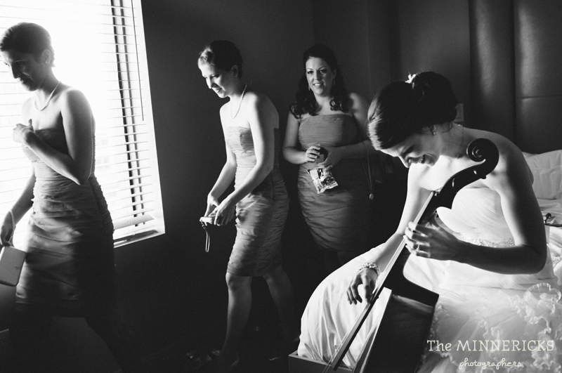 touching wedding on the veranda at Alden Hotel Houston (4)