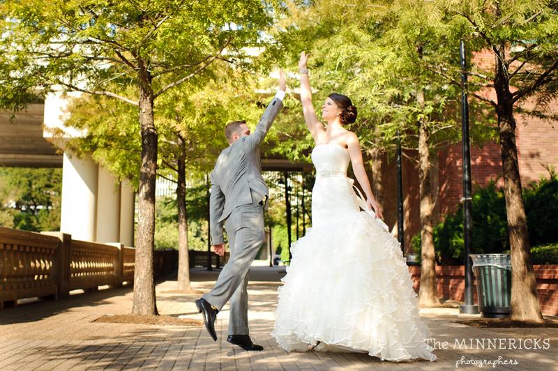 touching wedding on the veranda at Alden Hotel Houston (12)