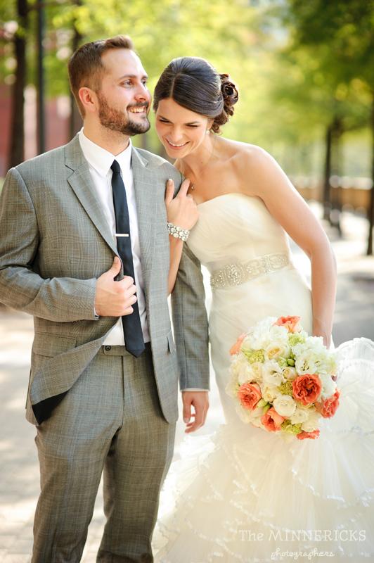 touching wedding on the veranda at Alden Hotel Houston (15)