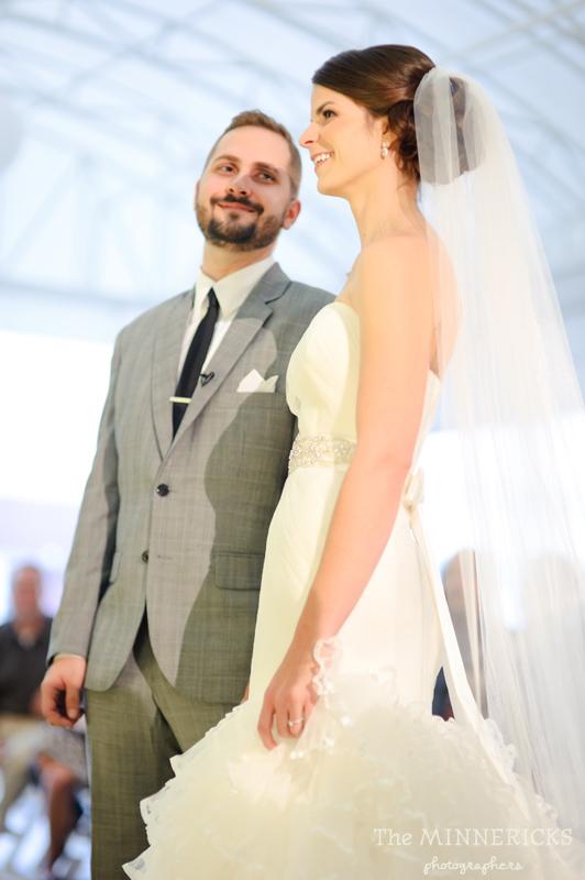 touching wedding on the veranda at Alden Hotel Houston (21)