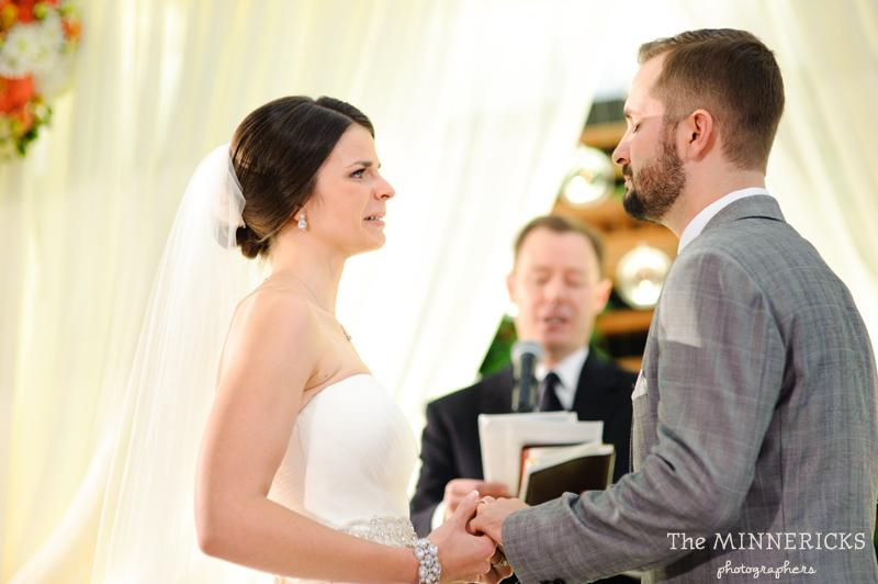 touching wedding on the veranda at Alden Hotel Houston (27)