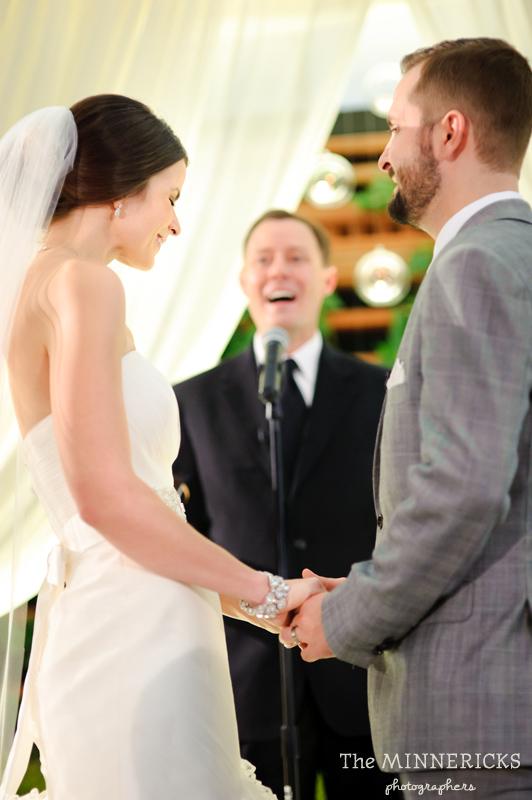 touching wedding on the veranda at Alden Hotel Houston (28)