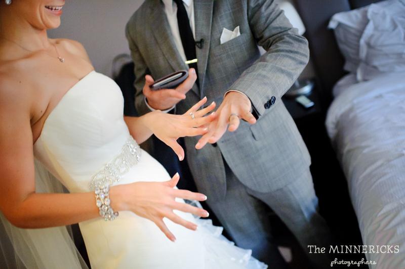 touching wedding on the veranda at Alden Hotel Houston (33)