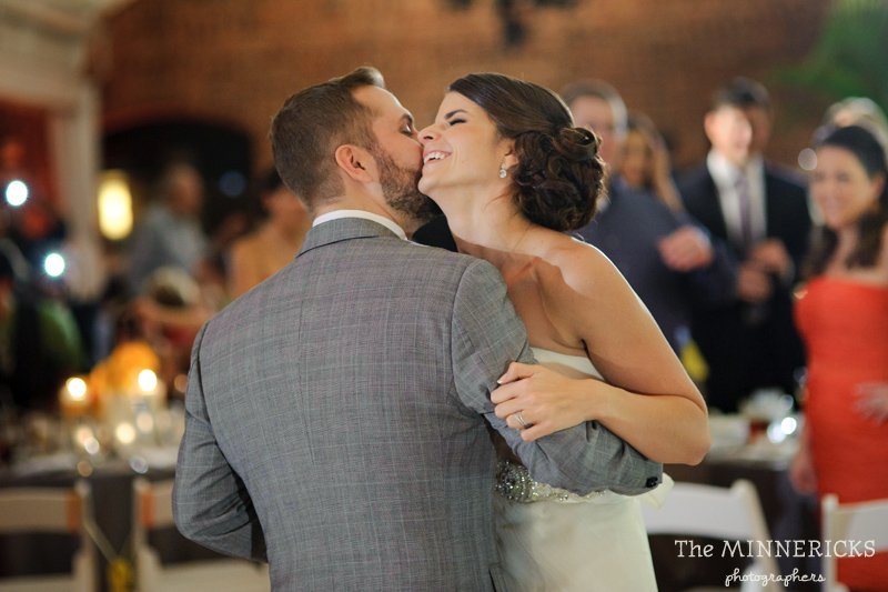 touching wedding on the veranda at Alden Hotel Houston (37)