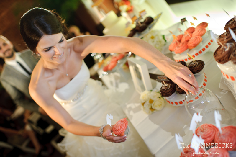 touching wedding on the veranda at Alden Hotel Houston (38)