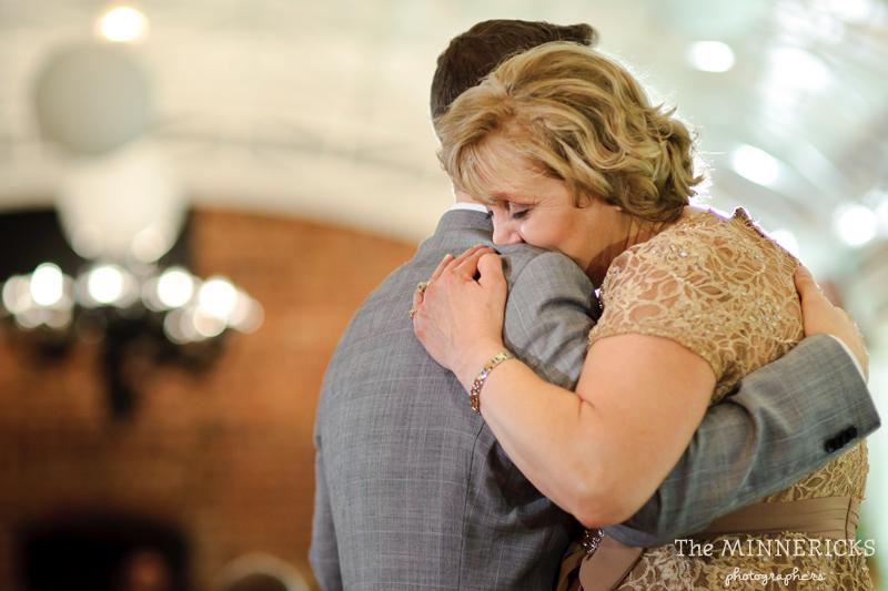 touching wedding on the veranda at Alden Hotel Houston (42)