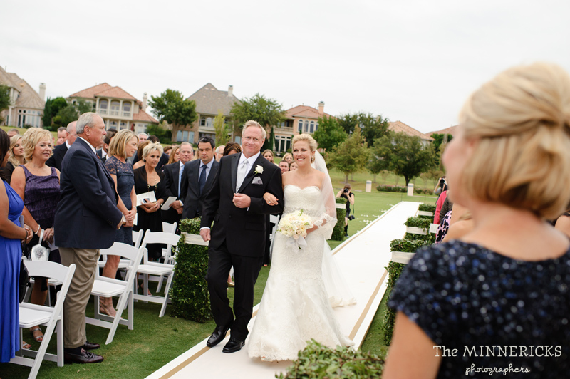 adoring wedding at the Four Seasons Dallas resort (27)