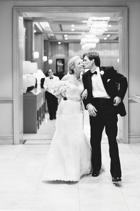 adoring wedding at the Four Seasons Dallas resort (42)