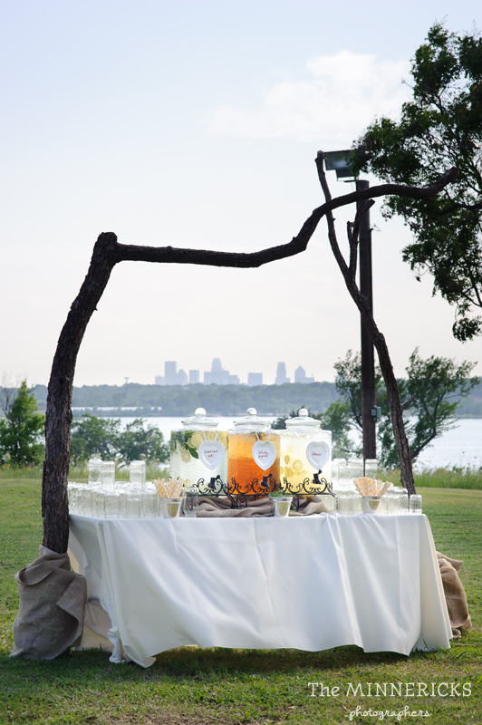 wedding at Winfrey Point on White Rock Lake in Dallas (12)