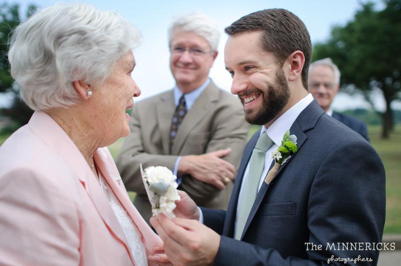 wedding at Winfrey Point on White Rock Lake in Dallas (14)