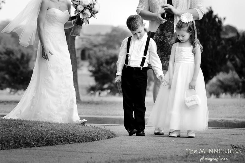 wedding at Winfrey Point on White Rock Lake in Dallas (16)