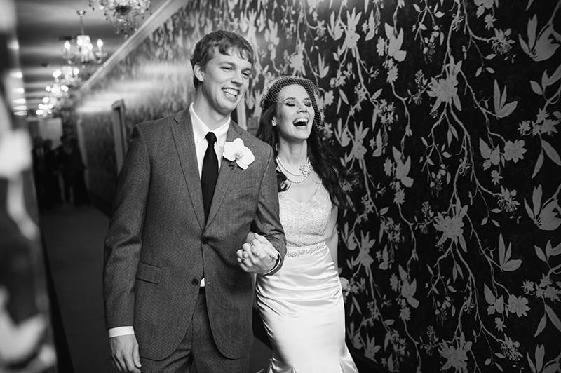joyful-downtown-dallas-wedding-stoneleigh-hotel-00