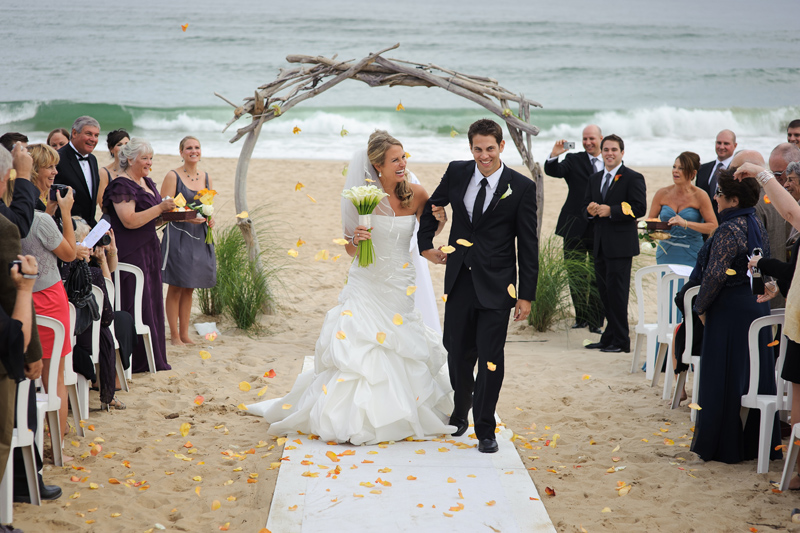 Destination Wedding On The Beach At Gurney S Inn In Montauk New York